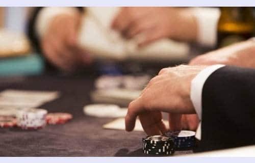 Alan Schoonmaker德州扑克策略之每个人都有偏见性思维