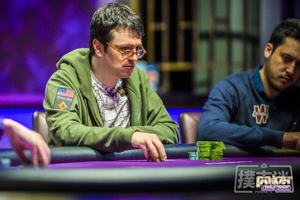 蜗牛扑克:超级豪客碗Day2:钱圈诞生,Isaac Haxton领跑