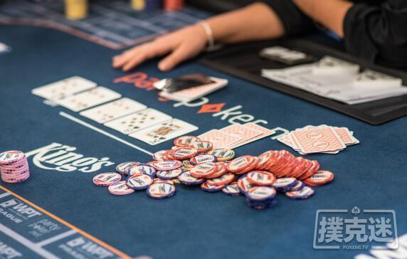 【蜗牛扑克】牌局分析:暗三条在听牌完成时应该如何游戏?