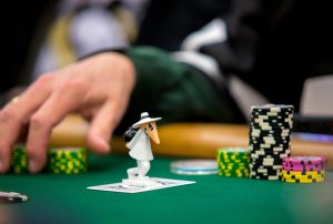蜗牛扑克:Jonathan Little谈扑克:切忌使用压牌器!