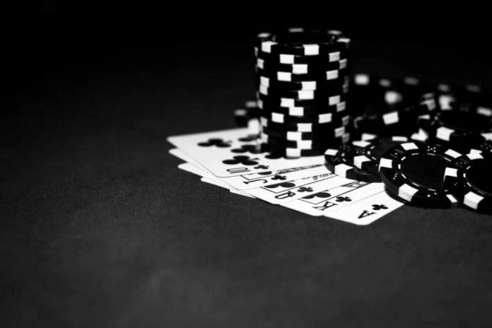 【蜗牛扑克】德州扑克里的数学概率,你知道吗?