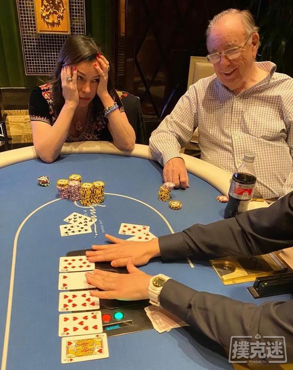 【蜗牛扑克】Jennifer Tilly击中四条仍输掉16万美元的底池