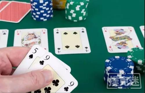 【蜗牛扑克】5张公共牌全部发出后怎么打?